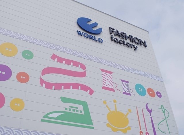 FASHION factoryエリア