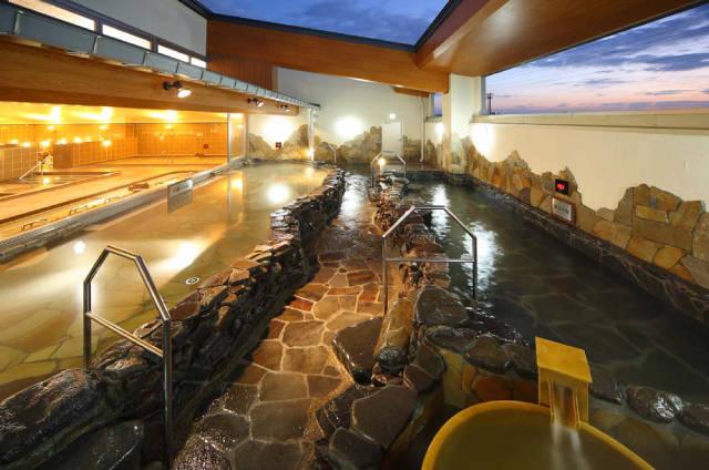 【最大45%割引】金沢ゆめのゆの入館料金・クーポン情報!岩盤浴・バイキングも