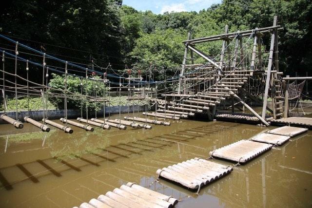 水を使ったアスレチックが多い「セカンドステージ 池」
