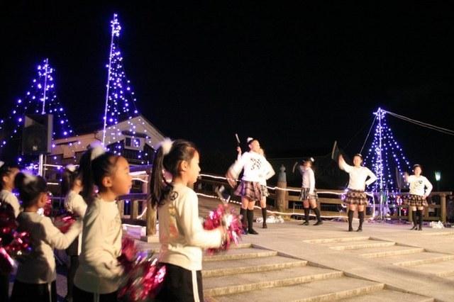 あかりの祭典(八幡市駅前ロータリー)