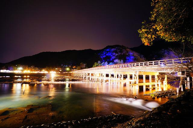 京都嵯峨・嵐山周辺の京都・嵐山花灯路