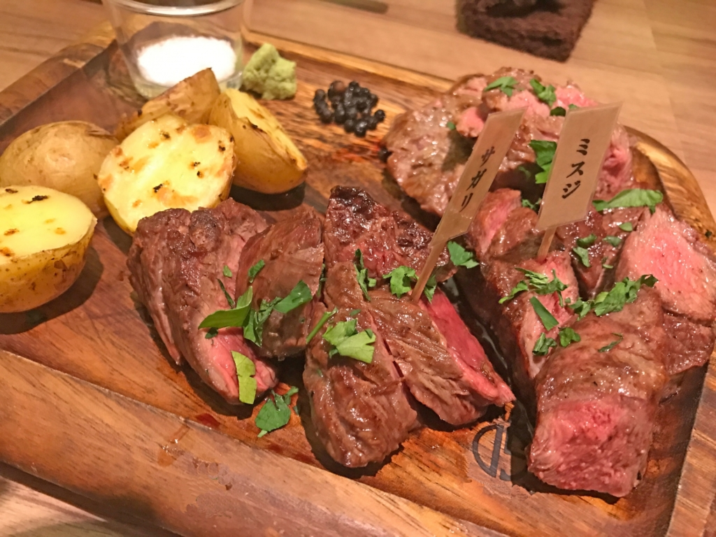池袋東口の肉バルおすすめ3選!今すぐ使えるお得なクーポンも掲載中!