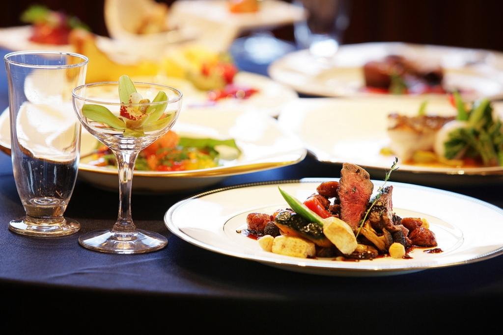 池袋のレストランおすすめ8選!デートに使えるおしゃれなお店も紹介【クーポンあり】