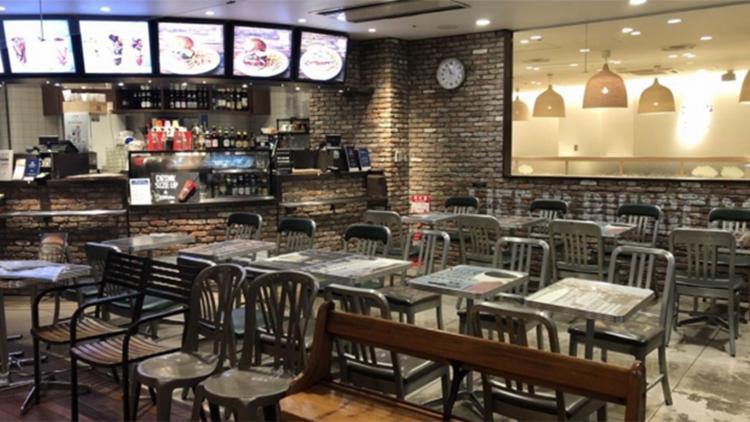 J.S. BURGERS CAFE ルミネ池袋店の内観です。