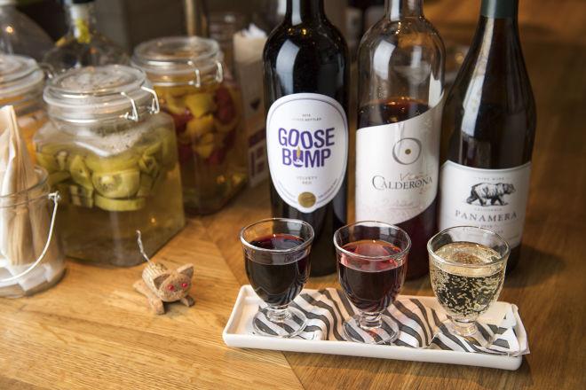 ワイン好き必見!新宿で居心地の良いおしゃれワインバル5選