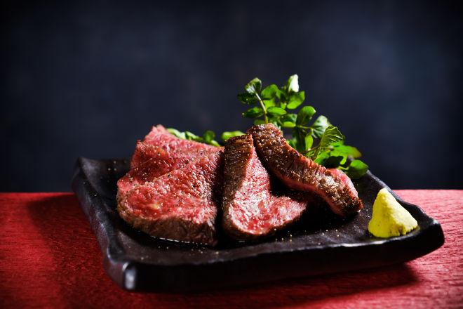 肉とクラフトビール山本の料理です。