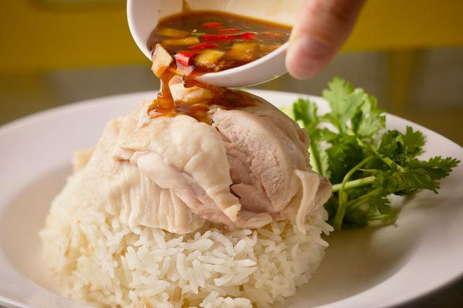 タイ屋台 999 新宿店の料理です。