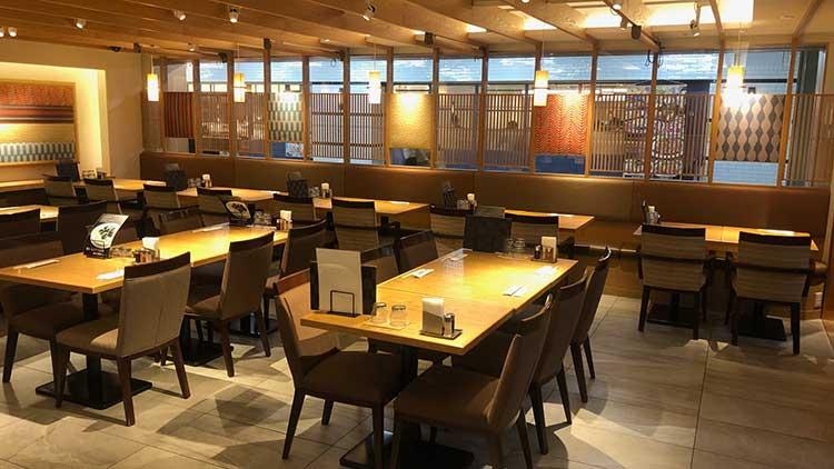 仙台牛タン 郷土料理 杜の都 太助 サンシャインシティアルパ店の内観です。