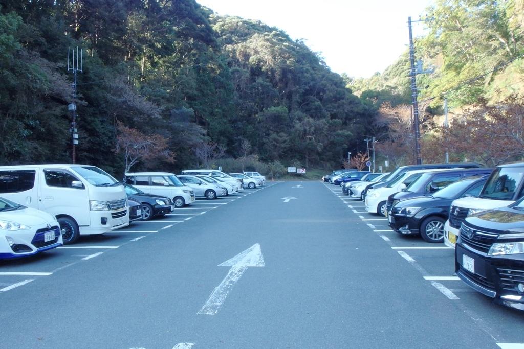 下田海中水族館 駐車場2