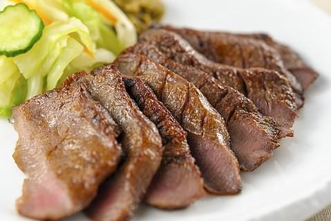 【ランチ&ディナー】仙台と言えば牛タン!地元編集者がおすすめする牛タン定食7選