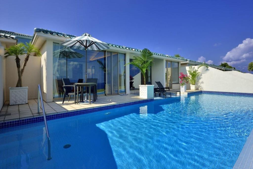 【年中OK】プライベートプール付き客室がある人気ホテル12選!最高の大人旅を満喫