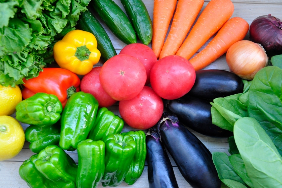 セブン‐イレブンの野菜まとめ!野菜炒めセットや1/2日分の野菜弁当も