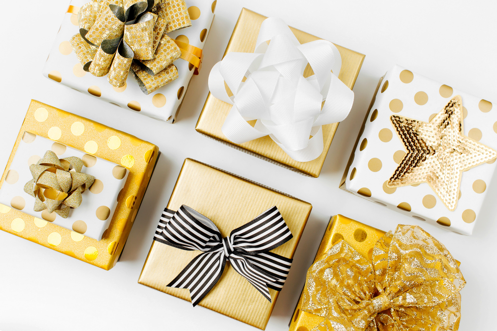 30代女友達の誕生日プレゼント21選!オシャレな雑貨やコスメ、お菓子も