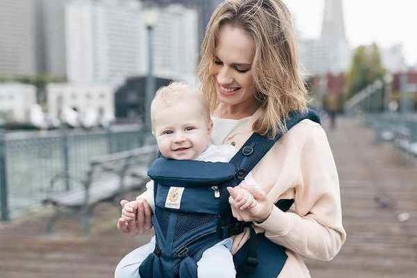 抱っこ紐おすすめ10選!新生児用やセカンド向きも。人気のエルゴも