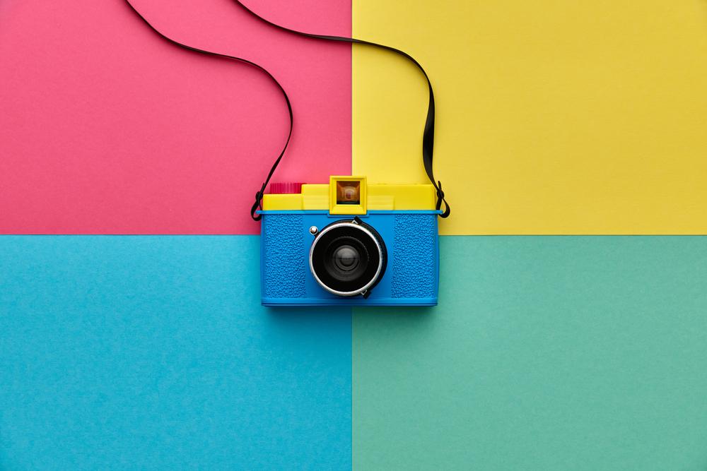 カラフルなカメラ