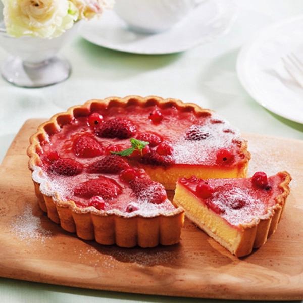 苺とベリーのチーズケーキタルト