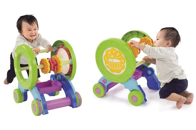 赤ちゃんの歩行器おすすめ6選!長く遊べるものや便利機能も|新生児~
