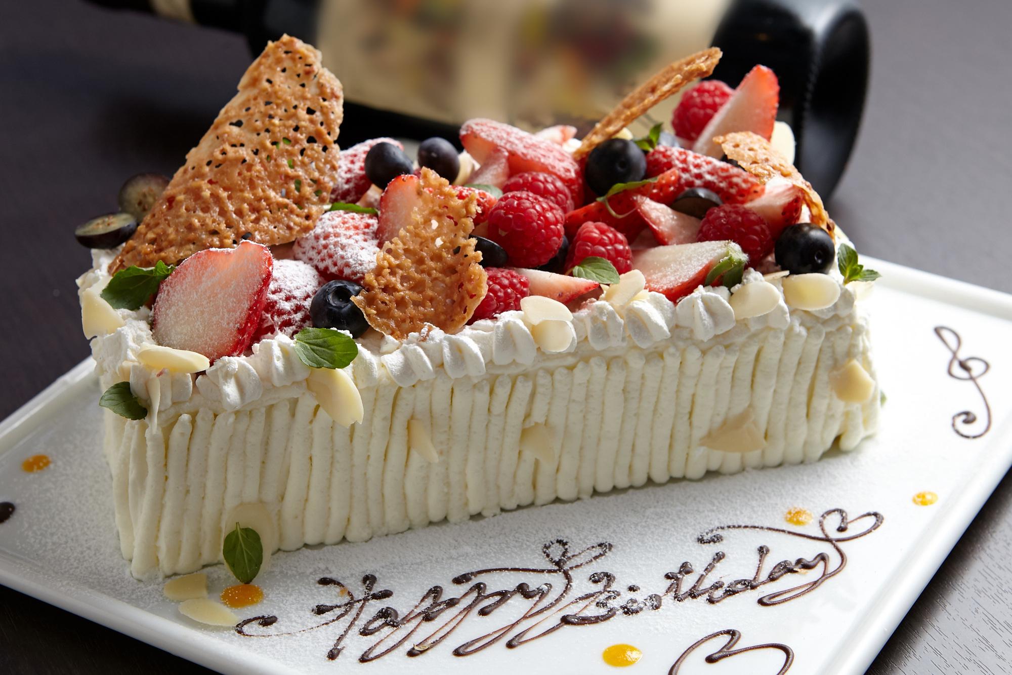 誕生 日 ケーキ おしゃれ
