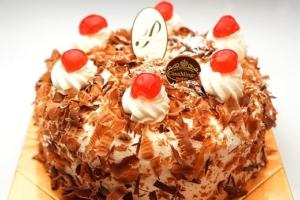 絶品!高級ケーキおすすめ7選|特別な日に。濃厚な味わいを堪能!SNS映えも