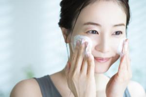 酵素洗顔おすすめ12選!毛穴の黒ずみスッキリ♪角栓&ザラつき対策にも