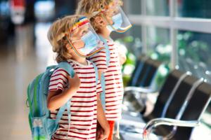 ウイルス対策|子供用フェイスガード11選!飛沫を防いで感染症予防に