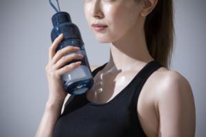 携帯浄水ボトルおすすめ12選!水道水を綺麗に。オフィスから災害時にも