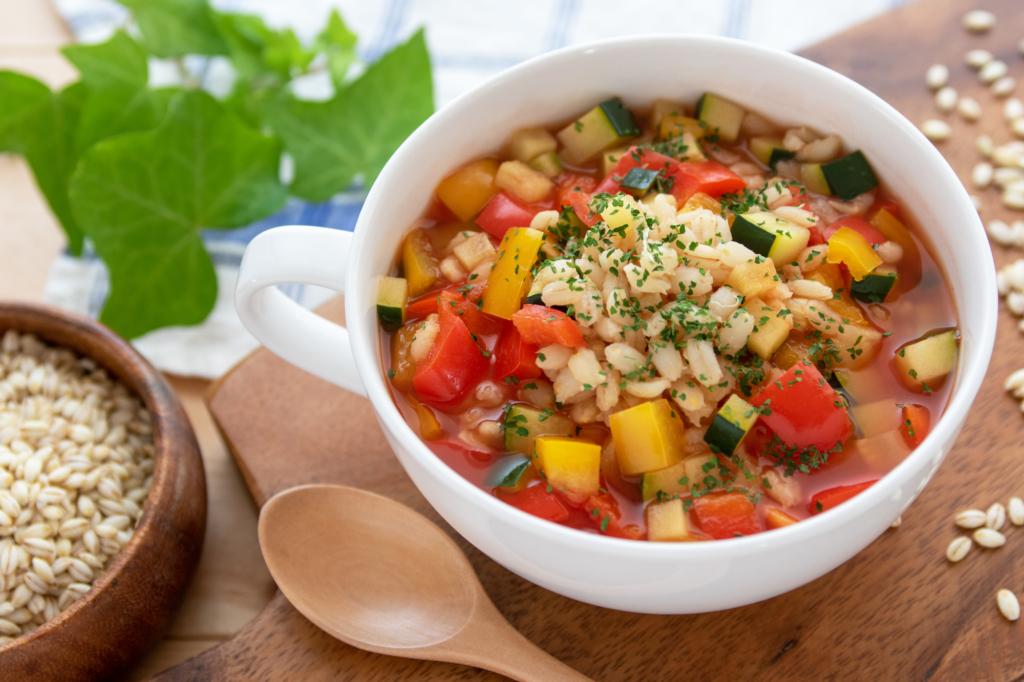 ダイエット食品おすすめ16選!脂肪燃焼スープやこんにゃく麺で満腹感抜群