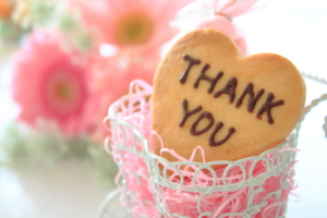 「ありがとう」が書かれたプチギフト14選!おしゃれ入浴剤やお菓子、雑貨も