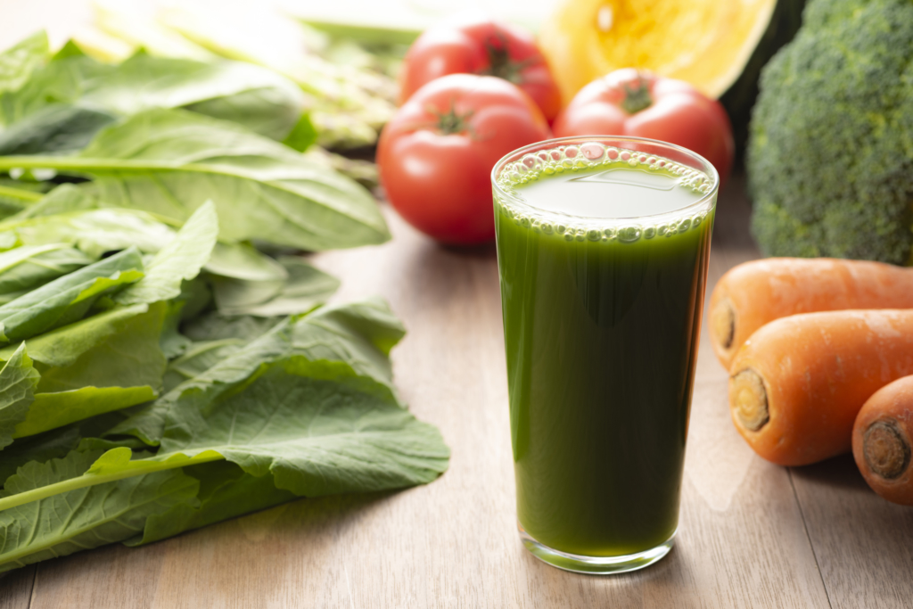 ダイエットにおすすめの青汁15選!腸活やプチ断食にぴったり♪中性脂肪にも