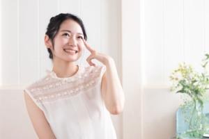 洗眼薬おすすめ12選|爽快クールからマイルドまで!目のお悩みごとに選び方を解説
