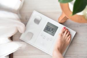 スマホ連動の体組成計おすすめ9選|ダイエット・筋トレの味方!毎日ラクラク管理