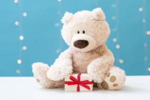 長く使える!2歳へのプレゼントおすすめ21選|知育に役立つおもちゃも