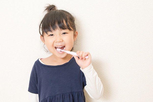 子どもの虫歯予防のためにできる3つの食習慣。一生モノの歯のために