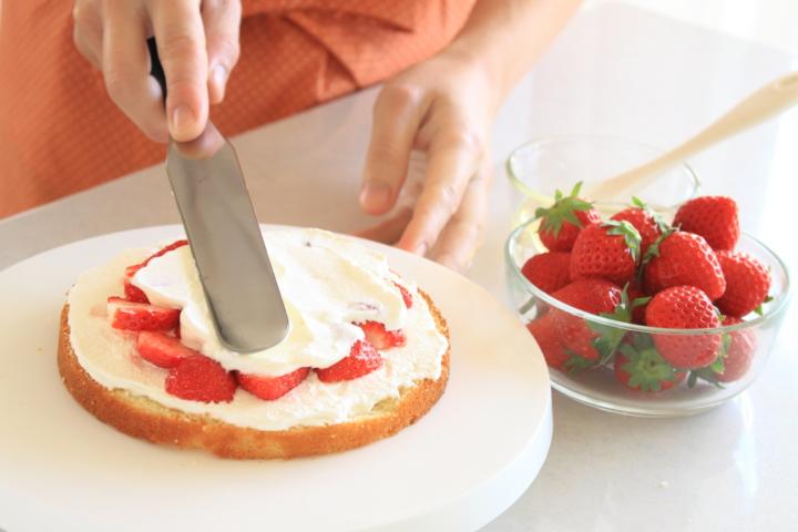 手作りデコレーションケーキ 作り方