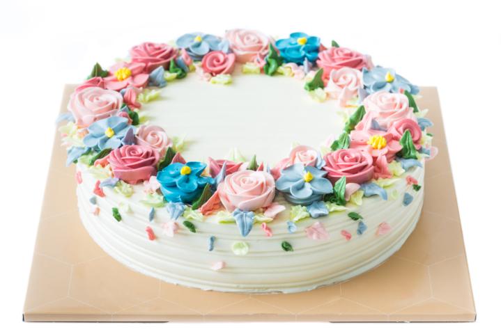 中世ヨーロッパ発祥!デコレーションケーキの歴史とは
