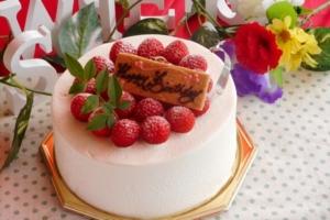 もう困らない!食べきれなかったバースデーケーキの保存方法