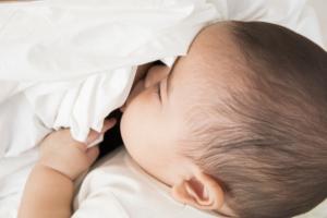 授乳中に風邪!赤ちゃんにうつる?市販薬は?病院は何科?|医師監修