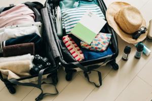 赤ちゃん連れ帰省の「持ち物リスト」新生児のお出かけで必要なもの