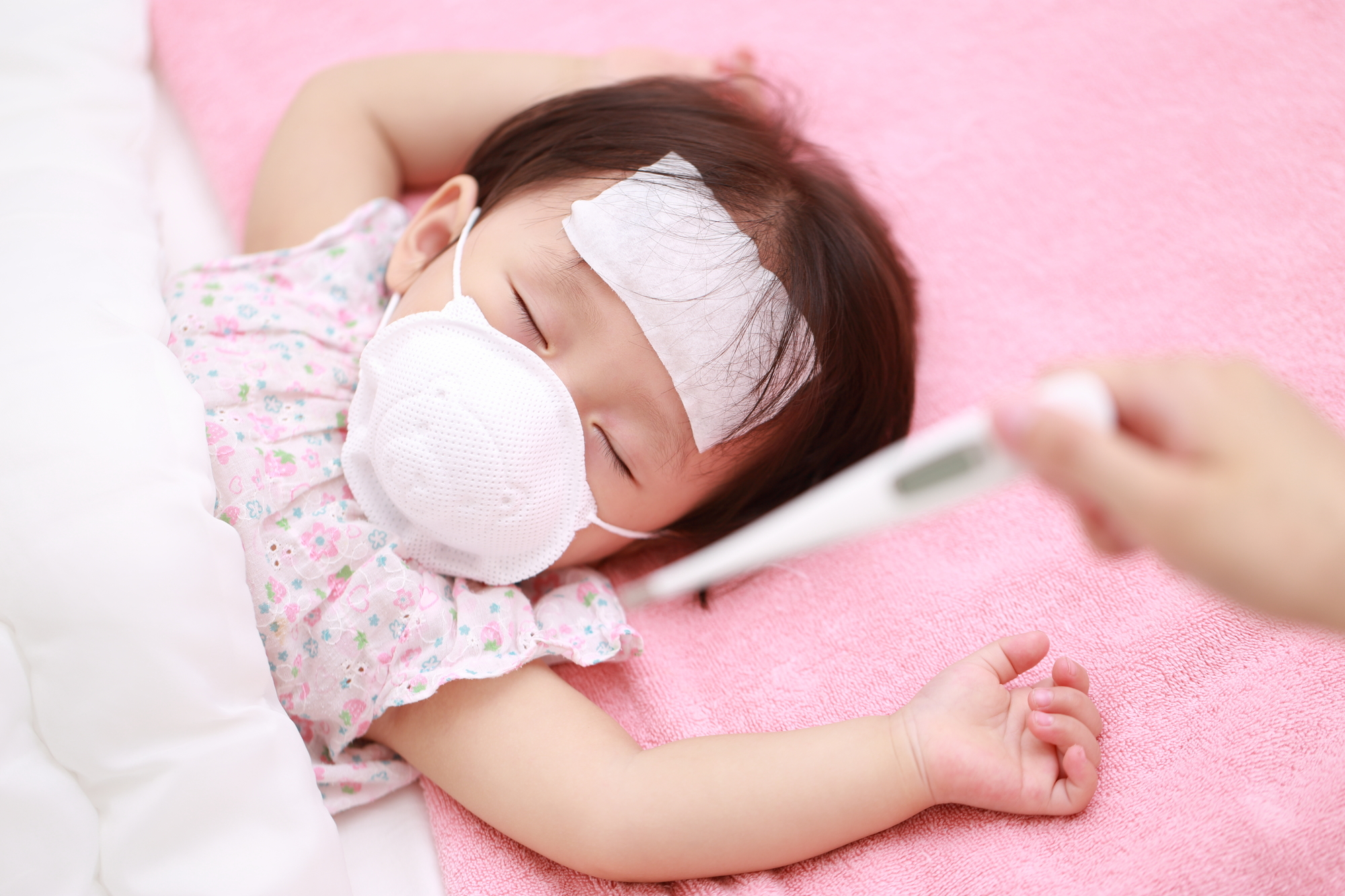 突発性発疹はうつる!感染期間と予防法。保育園は登園OK?|医師監修