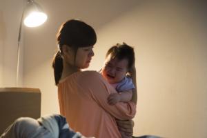 なぜ?1歳半で夜泣きが突然復活…泣き叫ぶときの対処法は?|医師監修