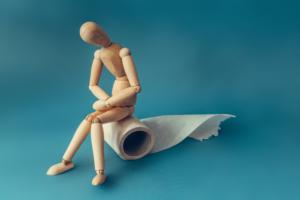産後便秘の解消法と原因!いきめない、痔やおならの悩みも|医師監修
