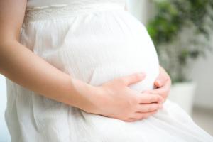 妊娠後期の下痢の対処法!腹痛も。赤ちゃんへの影響は?|医師監修