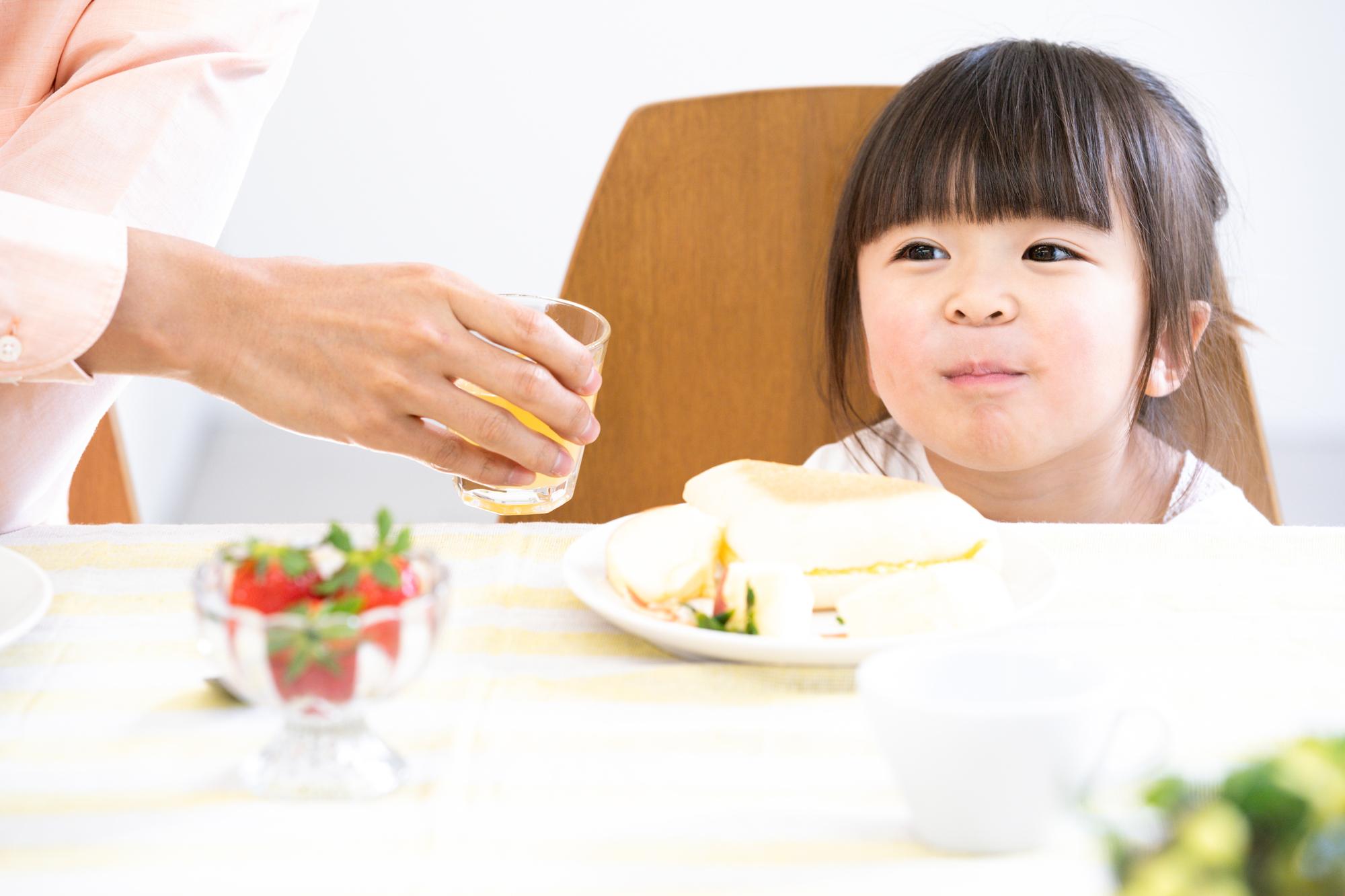 2歳児の朝ごはんお手本メニュー!簡単レシピ・注意【管理栄養士監修】