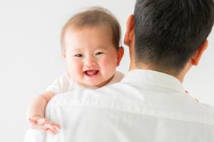 赤ちゃんの人見知り|いつからいつまで?3つの対策方法【医師監修】