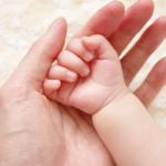 新生児の手が冷たい