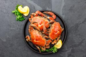 妊婦は蟹(カニ)食べて大丈夫?正しい食べ方と胎児の影響|医師監修
