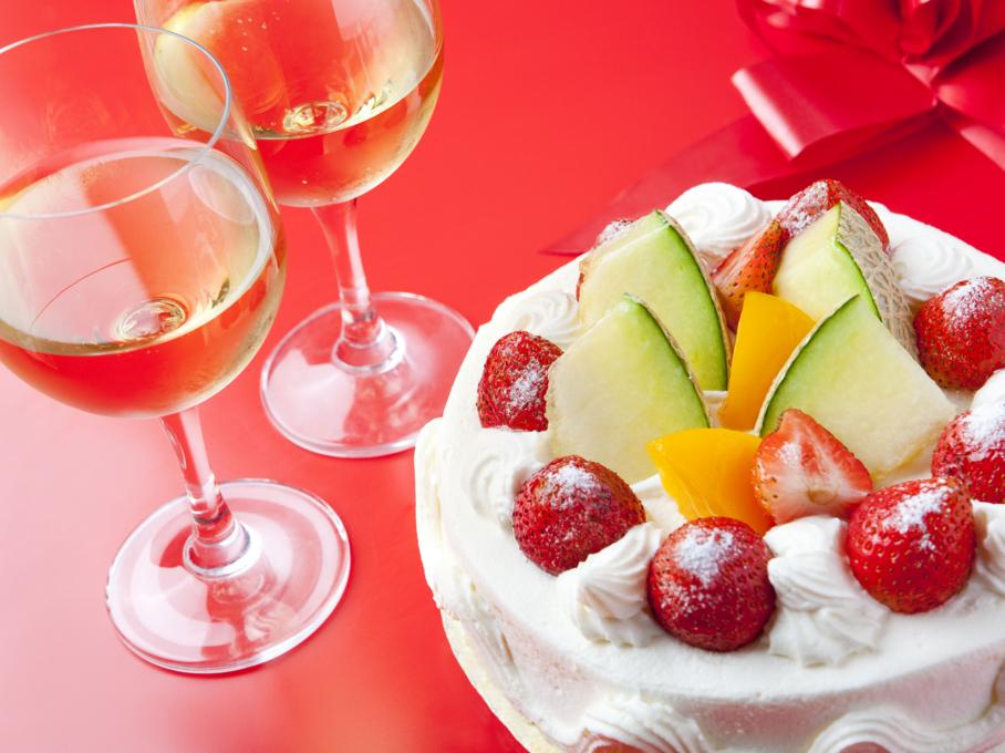 ワインとケーキ