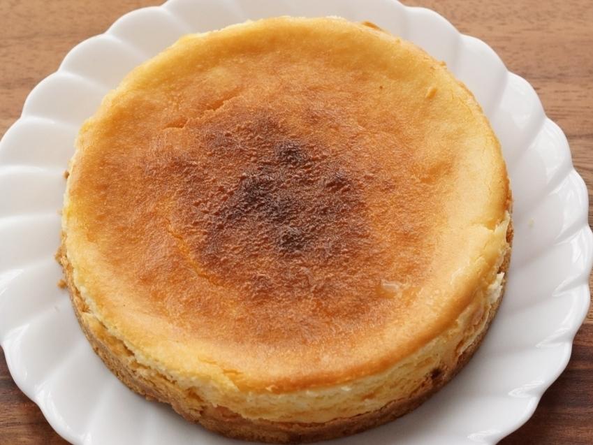 サクサク感が味わえる!クッキーベイクドチーズケーキの作り方