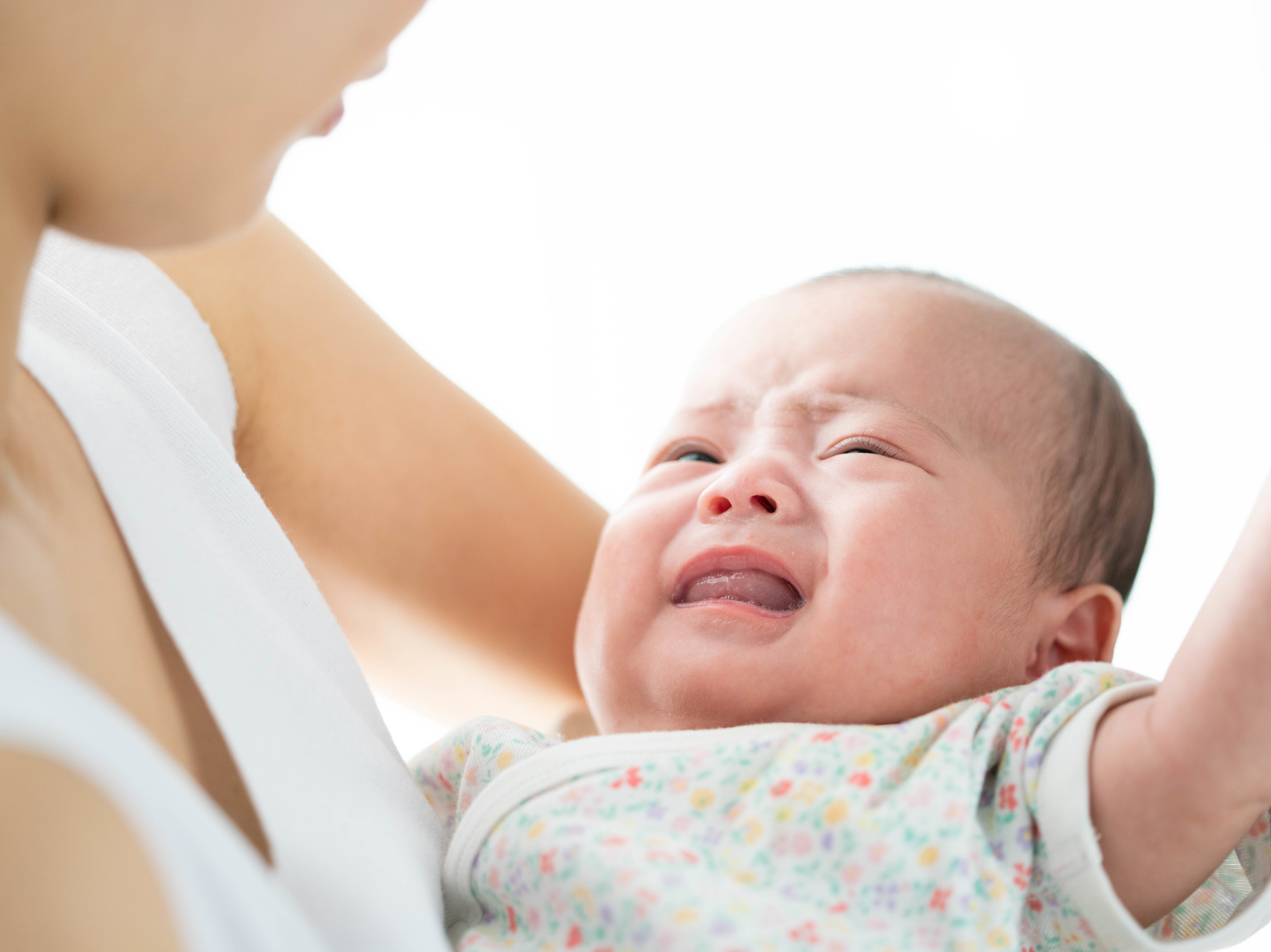 止ま 新生児 ない 泣き
