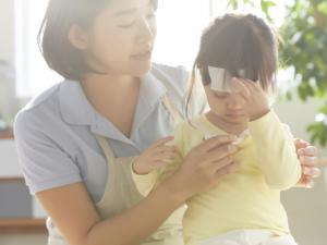なぜ?中耳炎の熱が上がったり下がったり。いつまで続く?早く治す方法